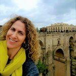 Jackie Baxa advises American families how to move to Spain